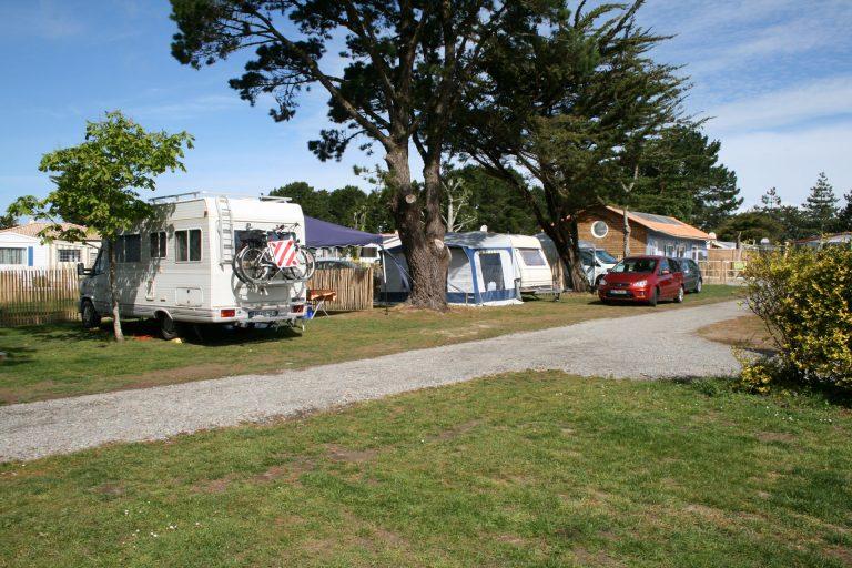Camping Du Vieux Château : Emplacement Caravane 2 Camping Du Vieux Château Tharon Plage